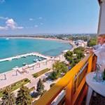 """Санаторий """"Анапа-Океан"""", вид с балкона на пляж"""